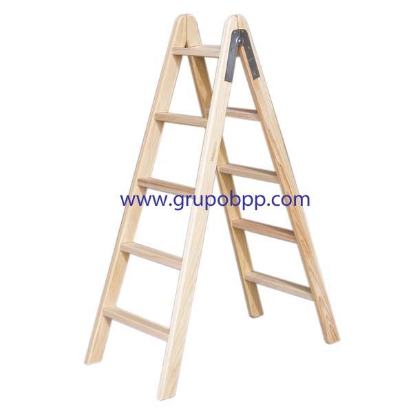 Escalera de madera boutique del papel pintado for Plano escalera madera