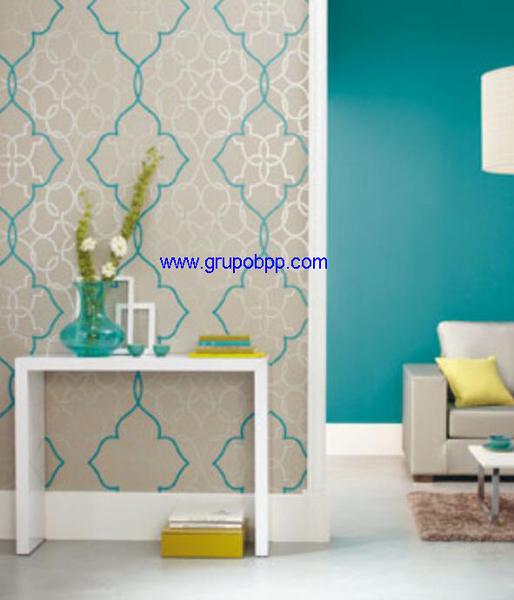 Papel pintado espumado fondo gris lineas en mosaico plata for Papel pintado azul y plata