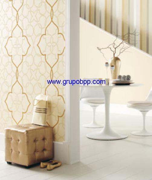 Papel pintado espumado fondo crema lineas en mosaico for Papel pintado marron y dorado