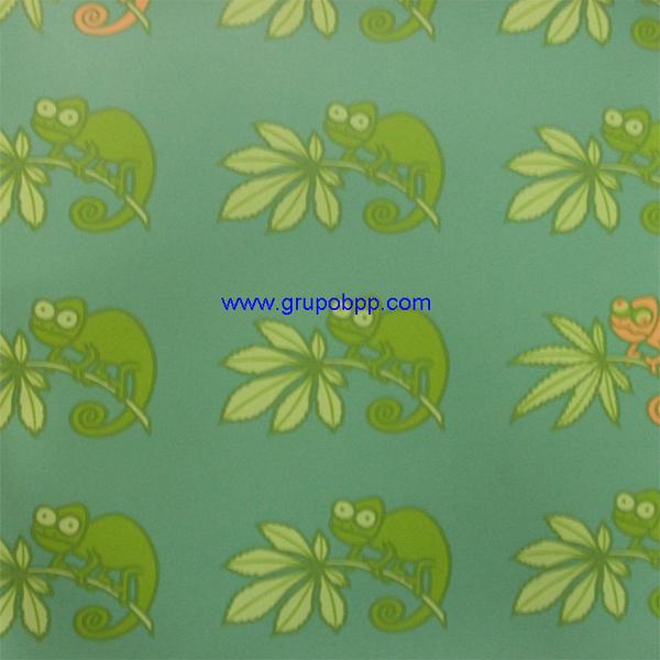 Papel pintado vin lico camaleon kukuxumusu tonos verdes for Papel pintado tonos verdes