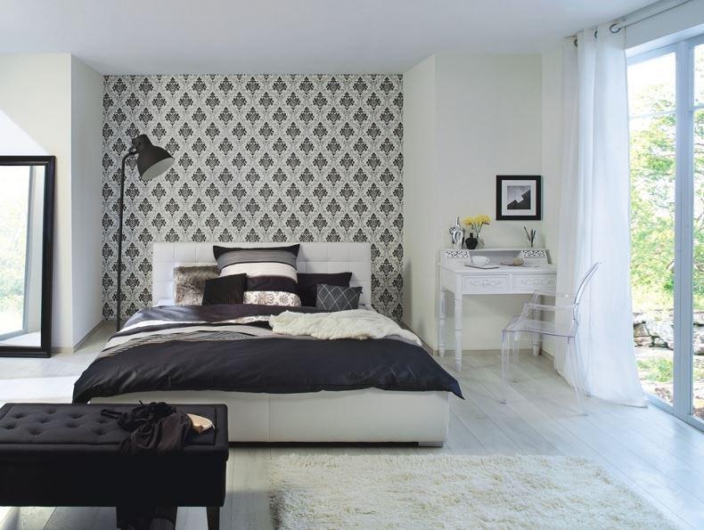Papel pintado adamascado negro y plata fondo blanco for Papel pintado azul y plata